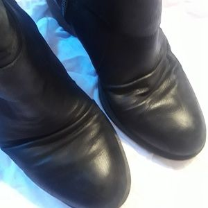 NAYA Virtue Ankle Booties